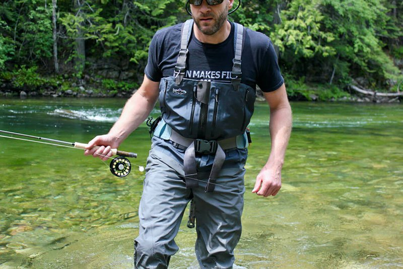 How to Choose the Best Fishing Pants for Summer